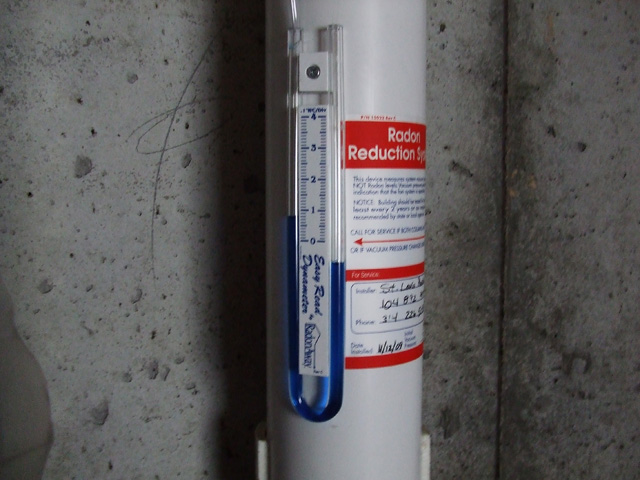 Radon Manometer